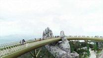 神様のてのひらの上で……ベトナムの橋が人気