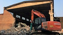 Ai Weiwei'nin Çin'deki stüdyosu yıkıldı