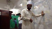 Imam prays on as quake hits Bali mosque