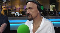 James' Tim Booth tears up while discussing fatherhood