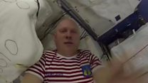 Astronauti vas vode kroz svemirsku stanicu