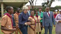 Britaniya Baş naziri Theresa May Kenyada rəqs edib