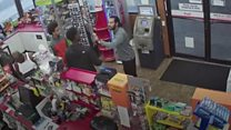 Teens rob US store after clerk collapses