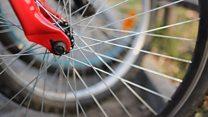 Paseos en bicicleta para combatir la soledad