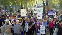 Против пенсионной реформы: как протестуют британцы и россияне?