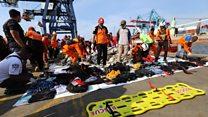 Los restos encontrados en el mar del avión de Lion Air que se estrelló Indonesia