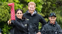 Harry and Meghan take on welly-wanging