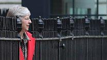 حزب محافظهکار چطور میتواند ترزا می را برکنار کند