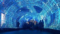 نفق الأضواء يجذب آلاف الزورا في بريطانيا