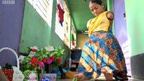 A mulher que nasceu sem braços e superou o abandono: 'Vizinhos sugeriram aos meus pais que me matassem'