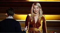 """Balón de Oro: El incómodo momento en que el anfitrión le pide a ganadora Ada Hegerberg si sabe """"twerkear"""""""