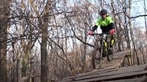 Молоток, цвяхи й фанатазія: як у Києві побудували велопарк
