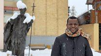 Бели Божић афричког свештеника
