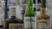 पुरानी शराब के नाम पर नकली बोतल?