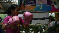 Muay Thái: Võ sí nhí thượng đài để giúp gia đình
