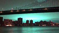 La impresionante explosión que tiñó de azul el cielo de Nueva York