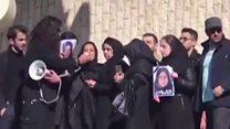 اعتراض دانشجویان علوم تحقیقات به اتوبوس مرگ