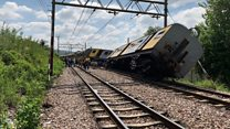 SA train collision leaves 600 injured