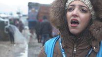 بالفيديو: البرد يفتك بمخيمات السوريين في لبنان