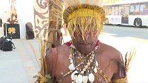 800க்கும் மேற்பட்ட மொழிகள் பேசும் நாடு