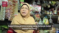 Larangan kantung plastik di Jakarta, pedagang belum siap