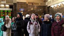 """На київському вокзалі заспівали """"Щедрик"""""""