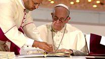 الزيارة البابوية للإمارات: البابا فرانسيس يقود قداسا تاريخيا