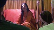 कुंभ में महिलाओं का अखाड़ा क्यों नहीं?