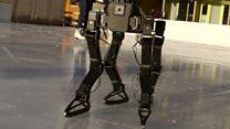Robot teaches itself to ice skate