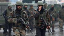 Attack on Kashmir bus kills soldiers
