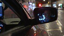 Should taxi drivers wear a uniform?