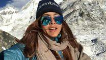 मिलिए नेपाल की इस हिम्मती घुमक्कड़ लड़की से