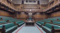 इंग्लंड संसद अध्यक्षांना खेचून नेलं जातं तेव्हा....