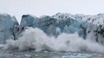 В Исландии на туристов обрушился ледник