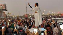 'Nubian queen' becomes Sudan protest symbol