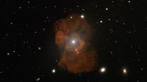 El viaje desde la Tierra al agujero negro de Messier 87.