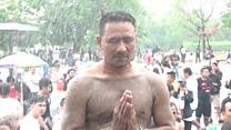 泰国经文刺青节日:信仰与癫狂