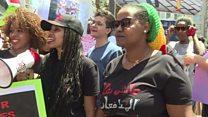 عاملات المنازل الأجنبيات في لبنان يتظاهرن ضد نظام الكفالة