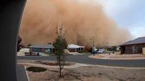 Massive dust cloud engulfs city