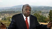 Faustin Twagiramungu arasobanura uko yahunze u Rwanda muri 94