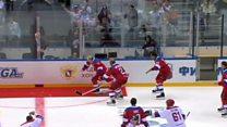 Putin, 8 gol attığı maçın zafer turunda takılıp düştü