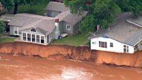 Дома в Оклахоме буквально повисли в воздухе из-за наводнения