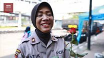 Pasca kerusuhan pilpres: Dari sampah berserakan hingga bunga untuk aparat keamanan