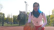 The hijabi basketballer who changed the rules