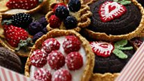 Knitted food: Woolly treats go on display