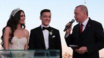 أردوغان يحضر زفاف أوزيل مع ملكة جمال تركيا