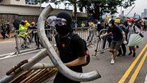 Cảnh sát dùng đạn cao su, hơi cay với người biểu tình ở Hong Kong