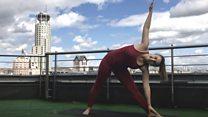 Пять полезных асан йоги: советы Русской службы Би-би-си