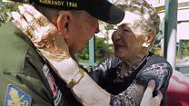 El emotivo reencuentro de dos amantes 75 años después de la Segunda Guerra Mundial