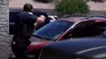 لحظة  انقضاض الشرطة على عائلة في أريزونا